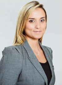 Frau Daniela Fernández